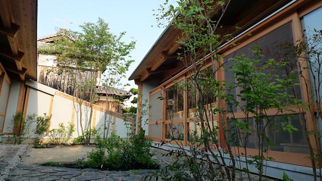 明石の家_中庭